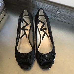 Anne Klein sport black wedge peep toe size 6